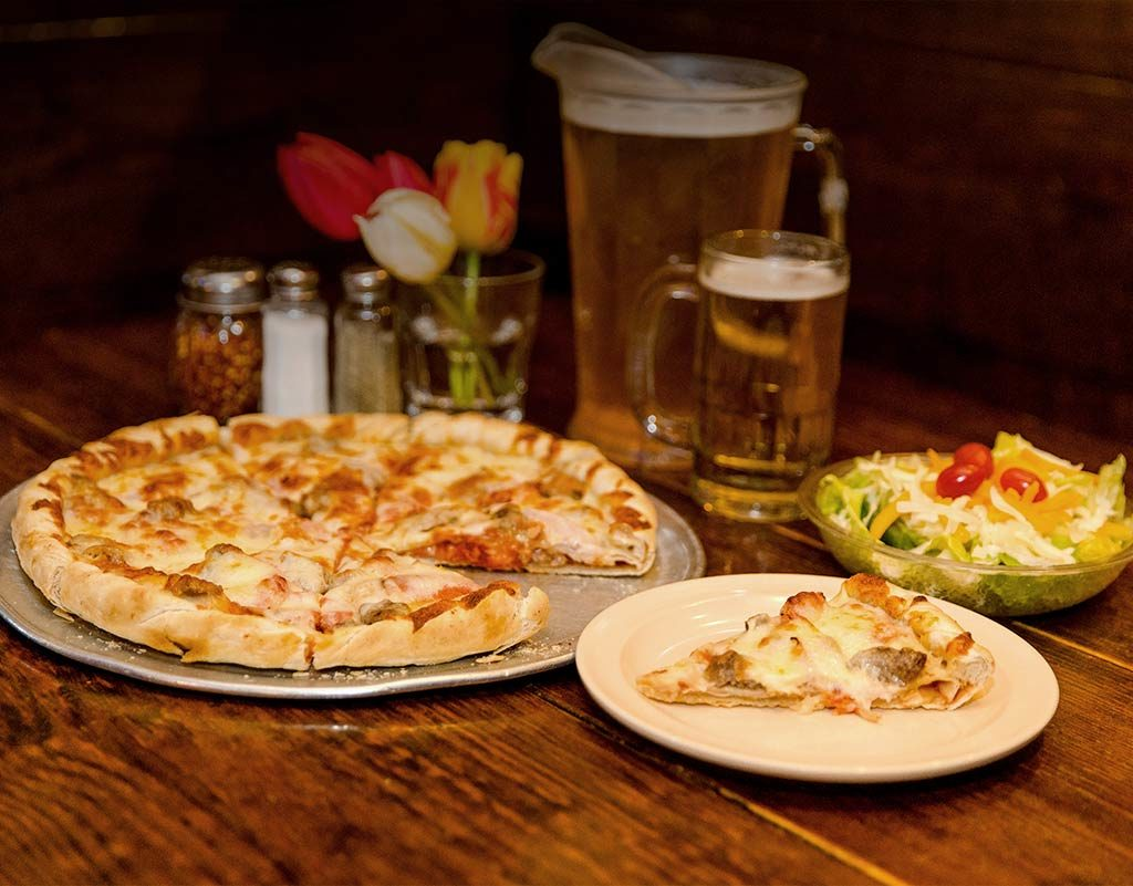 Walt's Pizza Special